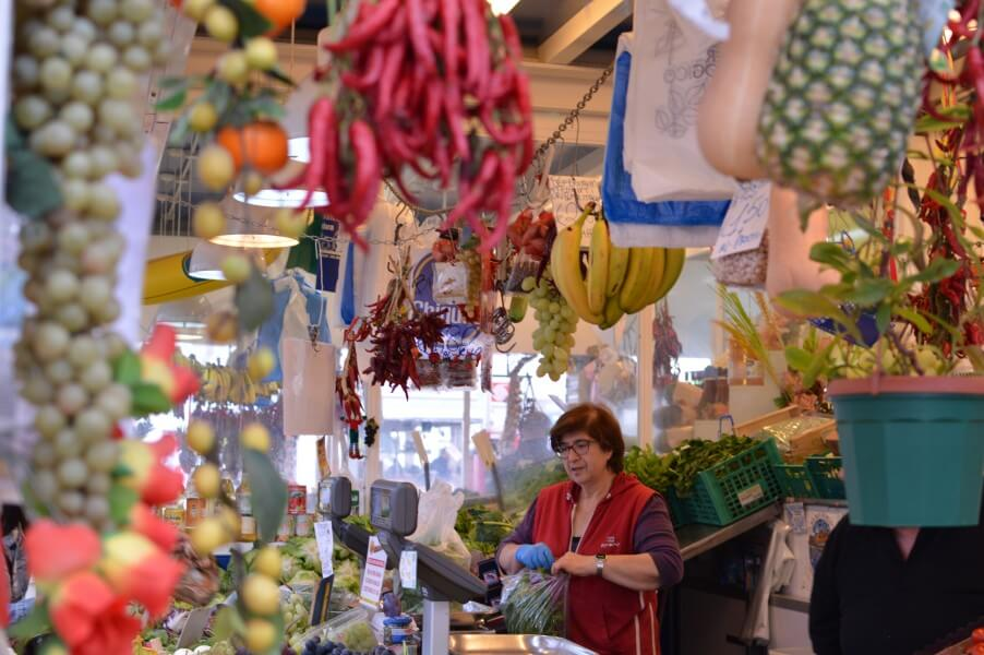 off the tourist traps food tour in Rome